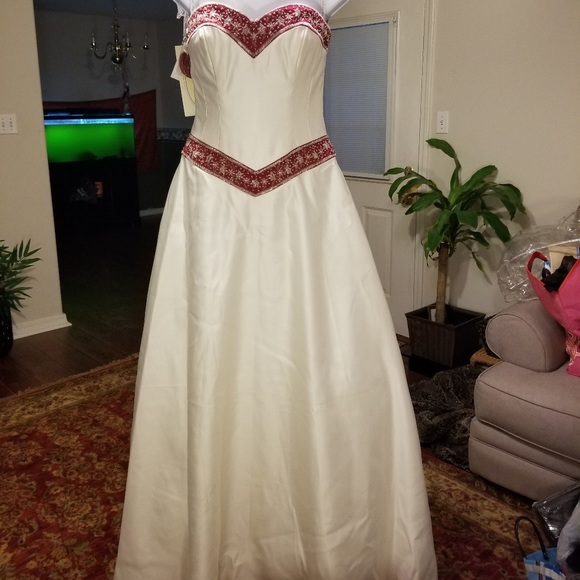 Alfred Angelo Dresses Flash Sale Nwt Alfred Angelo Bridal Gown Wveil Poshmark